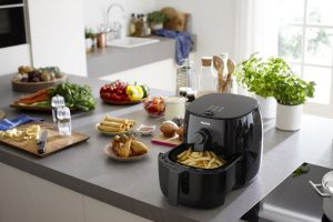 Philips TurboStar Airfryer, The Original Airfryer with Bonus cookbook