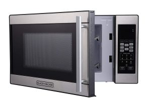 Black + Decker 0.7 Cubic Foot 700 Watt Stainless Steel Microwave